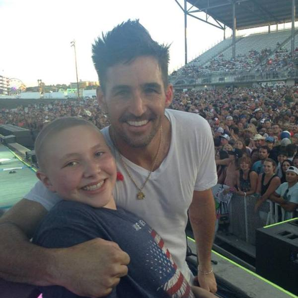 jake owen girl_1470176699840.jpg
