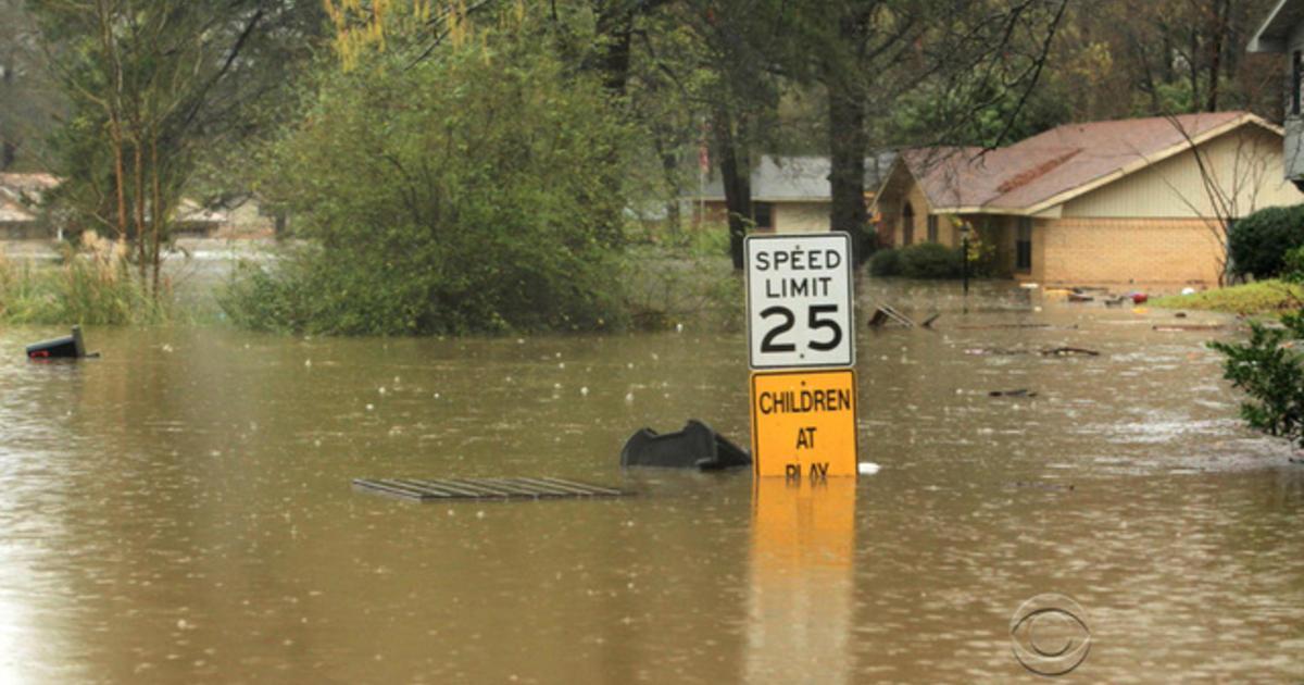 LA flooding CBS News_1473848586177.jpg