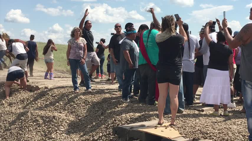 Protesting on Standing Rock_49227039-159532