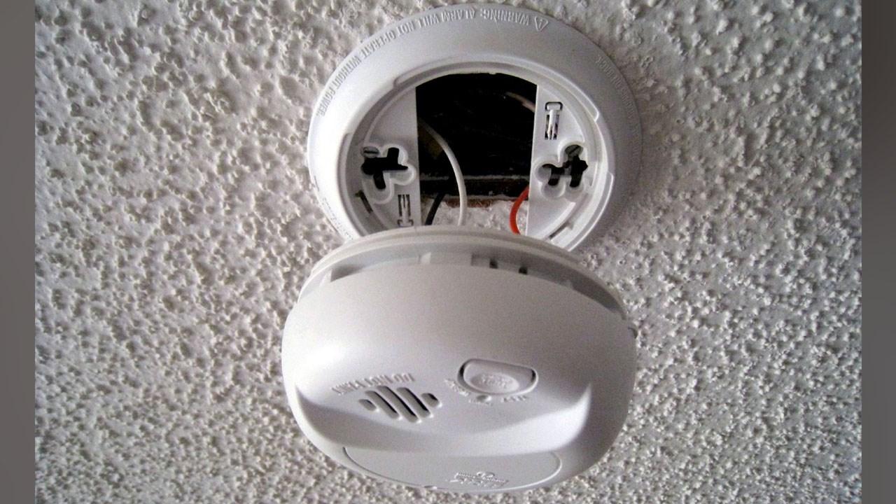 batteries alarm_1509729554630.jpg