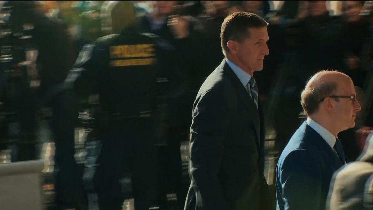 Michael Flynn arriving to court_1512144140032-159532.jpg77426206