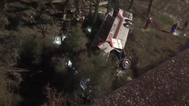 charter-bus-crash-3_1520951416944.jpg