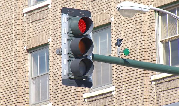 traffic light_1524853911542.png.jpg