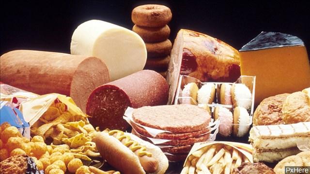 fast_food_mgn_640x360_81003P00-RVXUR_1539100082346.jpg