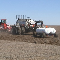 fertilizing_1555970647602.JPG