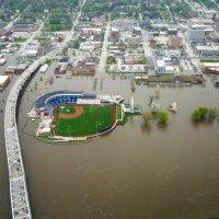 Spring Flooding Mississippi River_1556824922095
