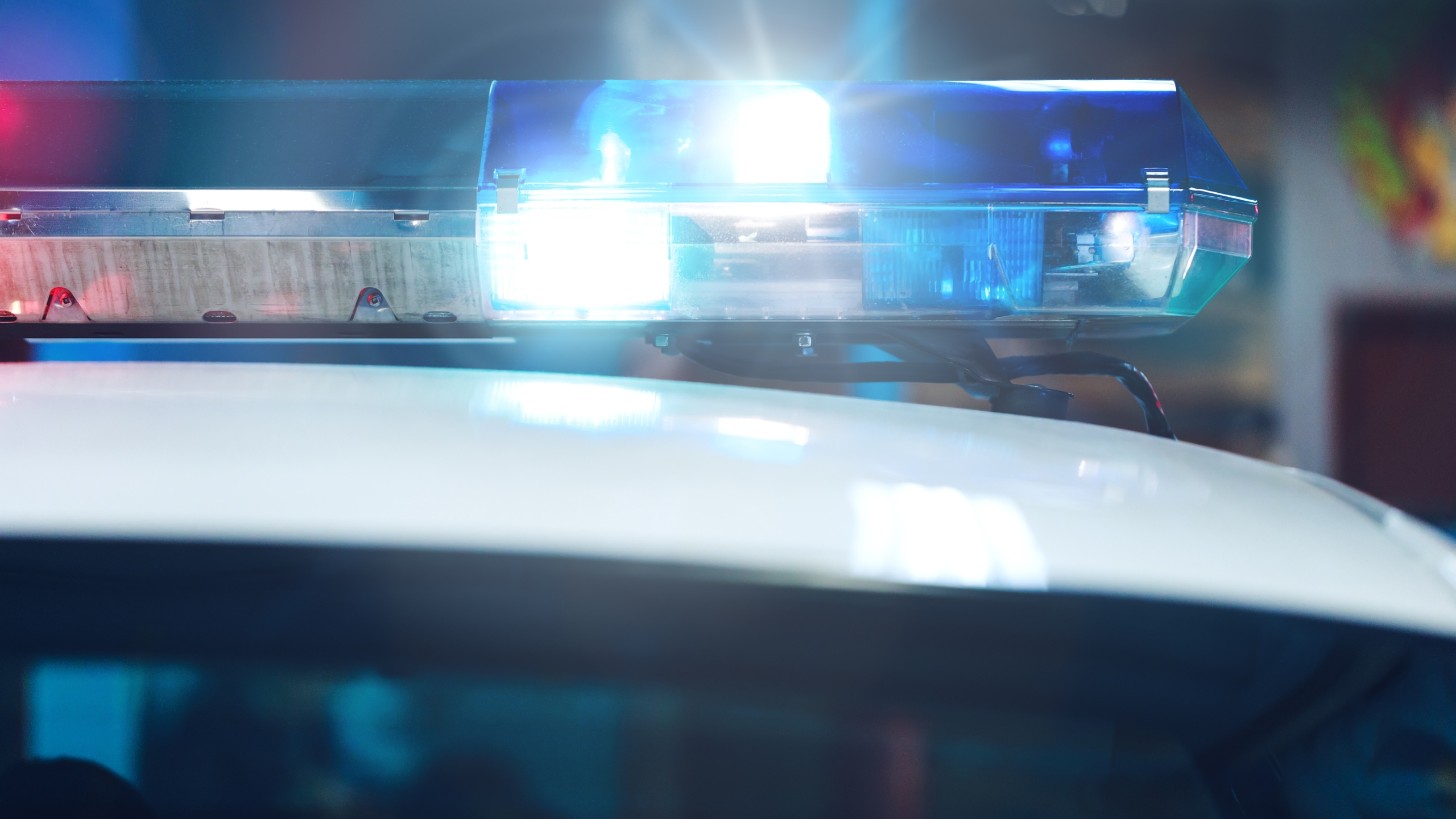 Blue Siren Flasher On The Police Car At Night. Siren On Police C_1558538484864