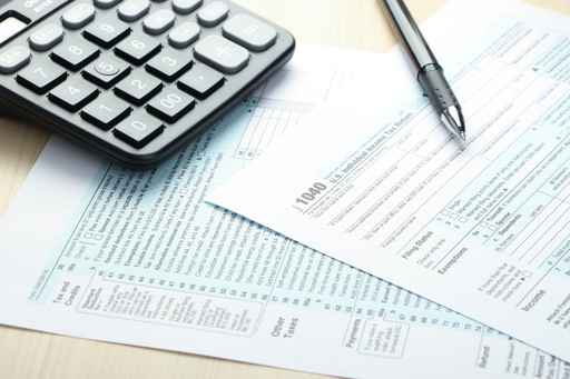 Tax form and financial concept_1559746483734