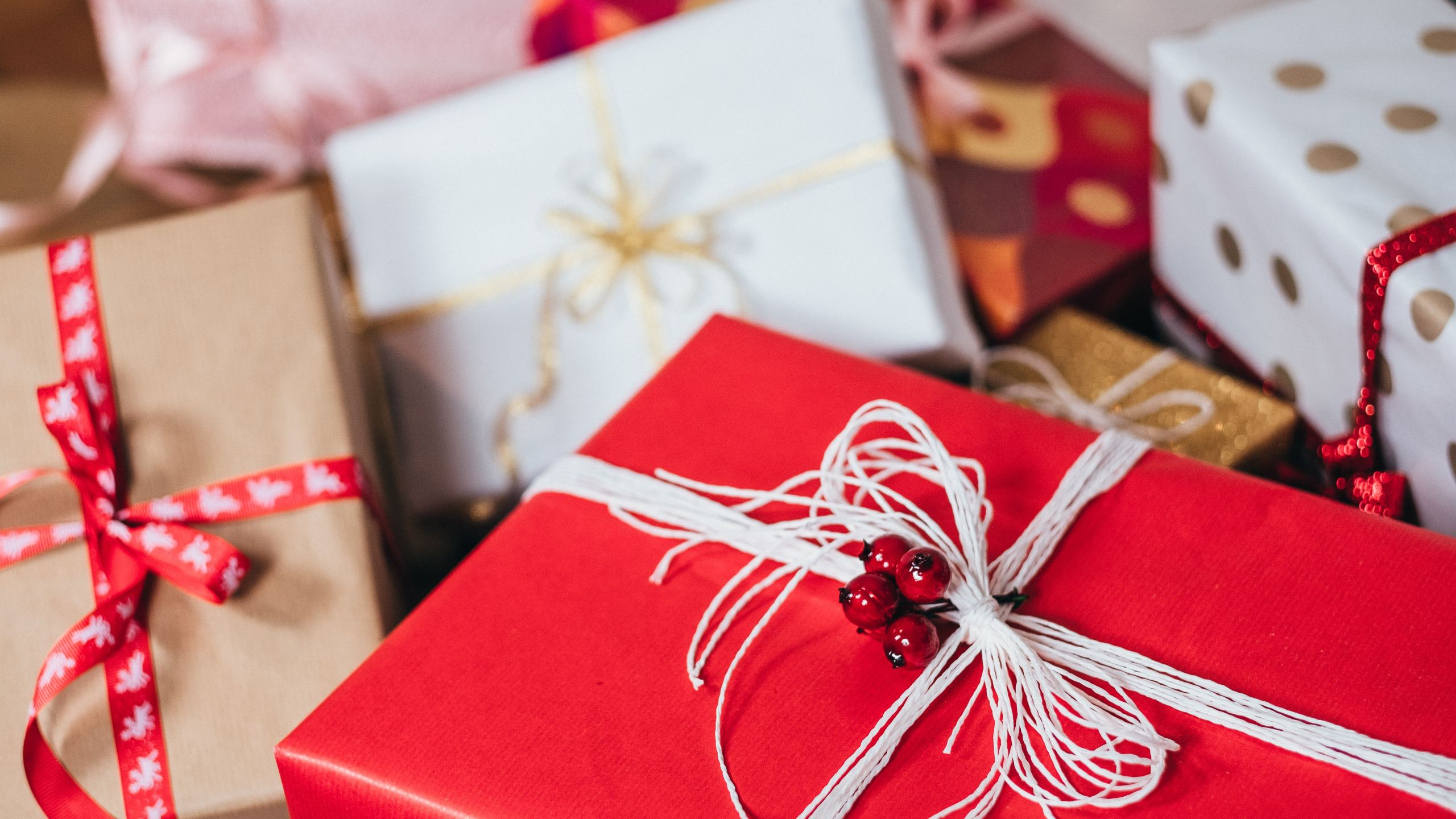 gifts to children on Christmas Day
